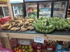 Viet Hoa Lao Market: Bananas