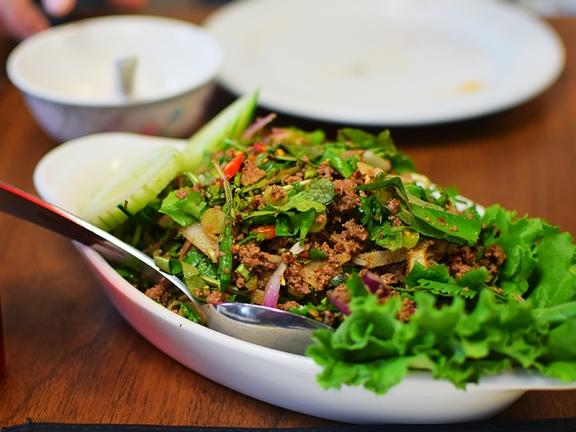 Thai Cafe: Beef Larb