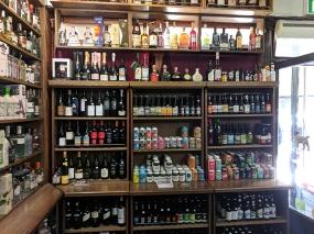 Royal Mile Whiskies: Beer and wine