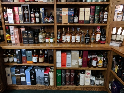 Royal Mile Whiskies: Blends and World Whiskies