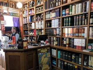 Royal Mile Whiskies: Cashier