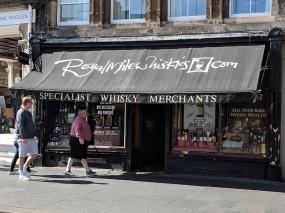 Royal Mile Whiskies: Less dramatic