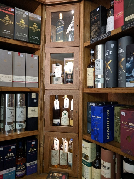 Royal Mile Whiskies: Some high-end bottles
