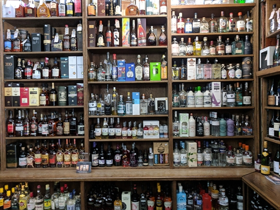 Royal Mile Whiskies: Rum and other spirits