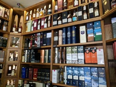 Royal Mile Whiskies: Various