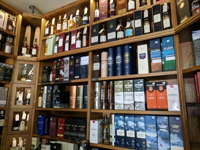 Royal Mile Whiskies: Various