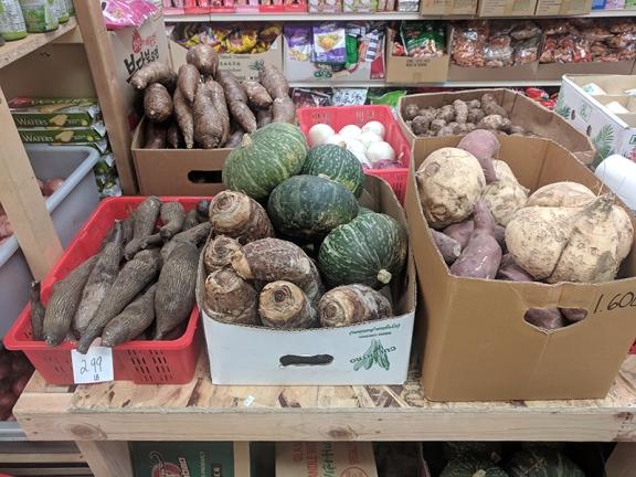 Viet Hoa Lao Market: Yams, squash etc