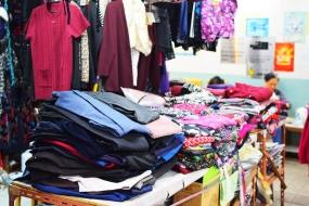 Centre Street Market, Clothes