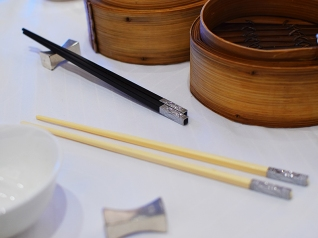 Maxim's Palace: Chopsticks