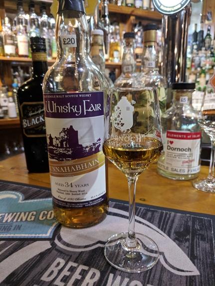 Dornoch Castle Whisky Bar, Bunnahabhain 34