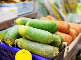 Sai Ying Pun Market, Radish?