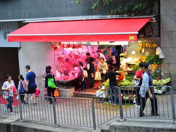 Sai Ying Pun Market, Streetfront stalls2