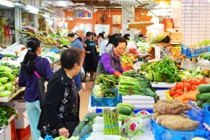 Sai Ying Pun Market, Vegetable shopping
