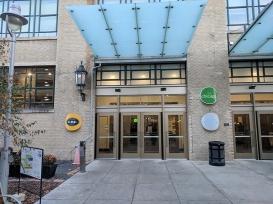Midtown Global Market: Entrance