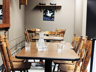 Sole Cafe: Interior