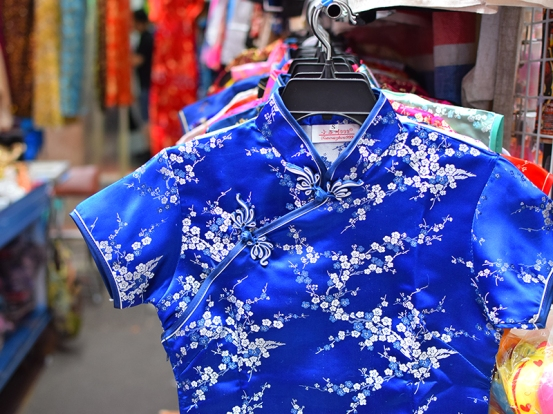 Ladies Market, Clothes
