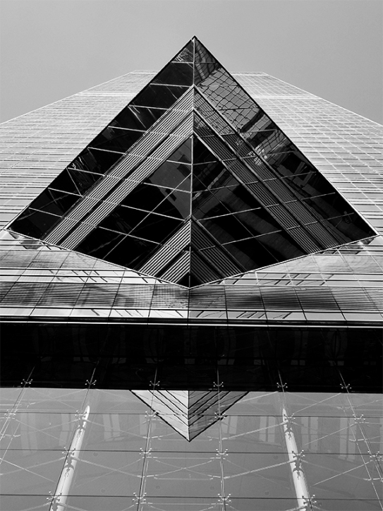 The Center4-bw