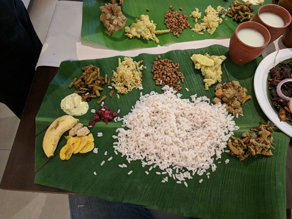 just kerala, sadhya, almost fully loaded