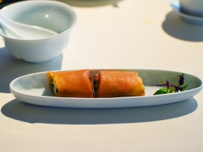 lung king heen, spring roll