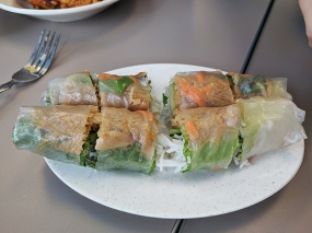 pho everest, spring rolls, cut