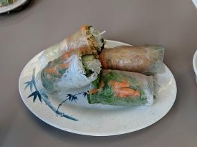 pho everest, spring rolls