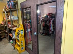 Mantra Bazaar, Boutique