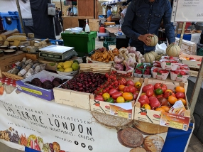 Duke of York's Square Market, Heirloom tomatoes etc