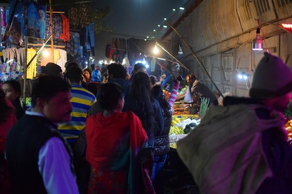 Mangal Bazar, Into the market