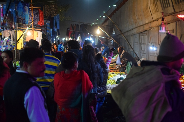 Mangal Bazar, Into the market