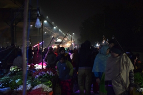 Mangal Bazar, More shoppers