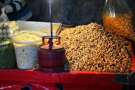 Mangal Bazar, Peanuts