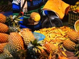 Mangal Bazar, Pineapple