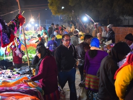 Mangal Bazar, Shoppers