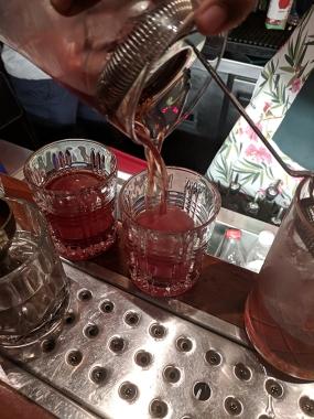 O Pedro, Mixing Mr. Fernandez' Fancy Drink