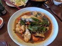 Ruen Pair, Catfish curry