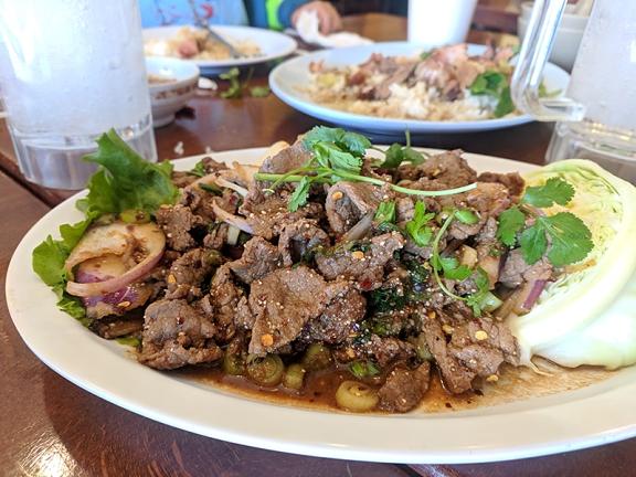 Ruen Pair, Nam tok, beef