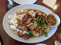 Ruen Pair, Stewed pork leg over rice