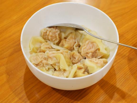 Rui Ji Sichuan, Wontons