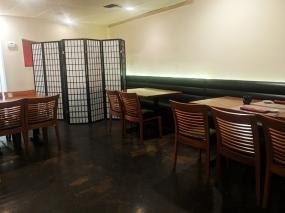Shin Sushi, Tables