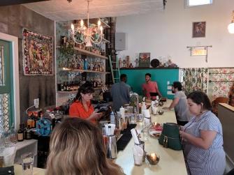 Agrikol, Bar customers