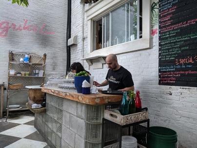 Agrikol, Outdoor bar