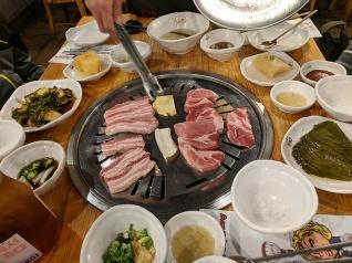 Ahgassi Gopchang, Pork goes on