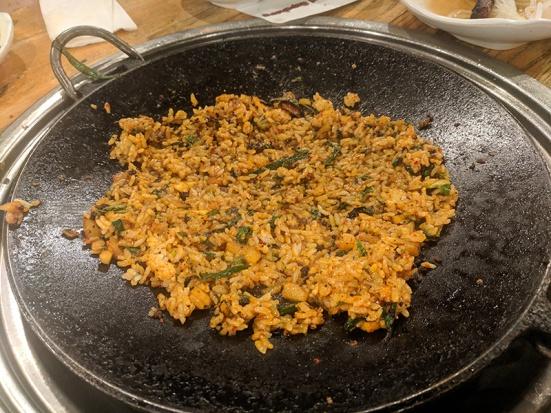 Ahgassi Gopchang, Rice, ready