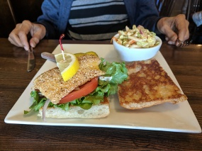 Crooked Spoon, Fish sandwich