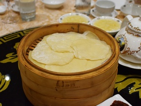 Crown Princess, Peking duck pancakes