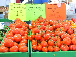 """I'm going to start referring to heirloom tomatoes as """"tomates ancestrales""""."""