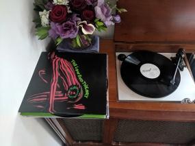 Tenant 2, Vinyl