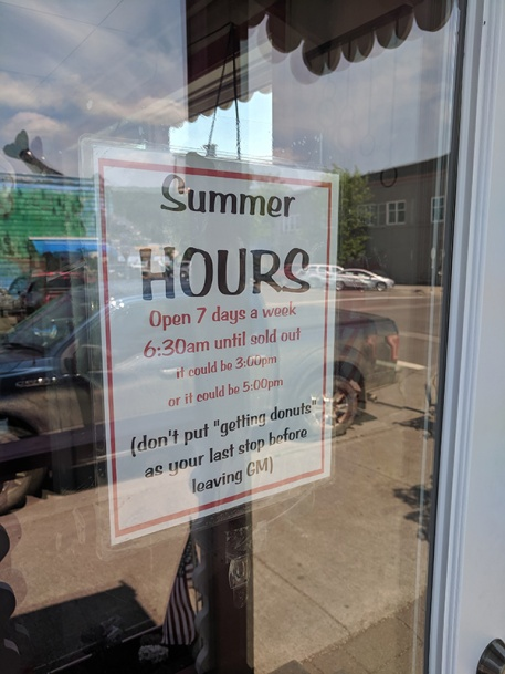World's Best Donuts, Summer hours
