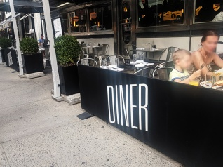 Empire Diner, Diner