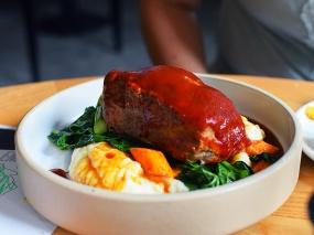 Empire Diner, Meatloaf